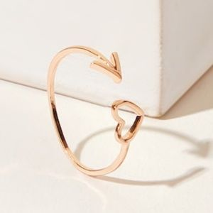 Jewelry - •3 for $25• Heart & Arrow Ring